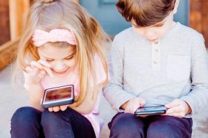 How to Keep an Eye on Your Child's Online Activity? The Answer Is Here!