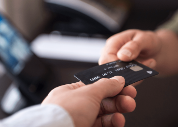 Three Alternatives To Using Visa and MasterCard For Online Gaming